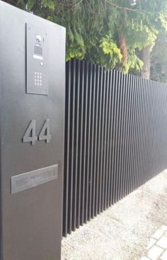 3 Humorous Cool Tips: Fence Entrance Ideas Xcel Privacy Fence.Garden Fence Panels 6 X 5 Modern Fence And Gate Design Philippines.Modern Fence Around Pool. House Front Gate, Front Yard Fence, Front Gates, Entrance Gates, Driveway Gate, Fence Gate, Fences, Dog Fence, Horse Fence