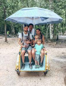 Cestovateľka Bára Líška: Tajomstvo je zbaliť sa maximálne na 7 dní - akcnemamy Baby Strollers, Children, Baby Prams, Young Children, Boys, Kids, Prams, Strollers, Child