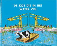 De koe die in het water viel van Peter Spier AK Prentenboeken 1958 Koeien Boerderijen Alkmaar