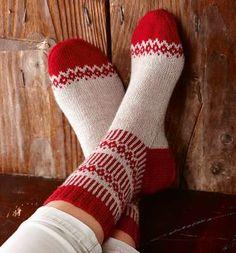 Ravelry: Soxx No. 13 pattern by Kerstin Balke Crochet Socks, Knitting Socks, Knit Crochet, Knit Socks, Diy Clothing, Handmade Clothes, Ravelry, Needlework, Knitting Patterns