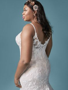 A stylish floral lace plus size mermaid wedding gown for the sophisticated bride designed by Maggie Sottero. Find your one-of-a-kind bridal gown today! Fitted Lace Wedding Dress, Wedding Dresses Plus Size, Dream Wedding Dresses, Bridal Dresses, Maggie Sottero Wedding Dresses, Couture Wedding Gowns, Sophisticated Bride, Bridal Boutique, Mermaid Wedding
