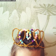 Gold pipe cleaner crown with hearts