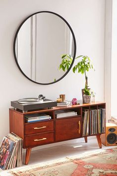 Umbra Oversized Hub Mirror from Urban Outfitters. Saved to House. Shop more products from Urban Outfitters on Wanelo. Mirrors Urban Outfitters, Urban Outfitters Furniture, Spiegel Design, Sweet Home, Farmhouse Side Table, Modern Farmhouse, Farmhouse Style, Round Mirrors, Large Round Mirror