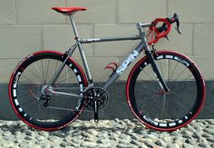 How much do I want a titanium road bike? Just look at it