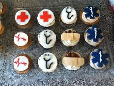 Medical theme via Cake Central