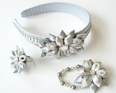 Kanzashi fabric flowers. Set of 3 pieces. Silver and grey.