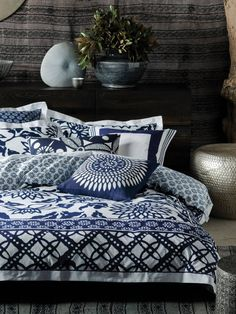 Linen House Australia are the leaders in Bed Linen, Quilt Cover Sets & Homewares. Shop our huge range of fashion quilt covers, sheets Online today! Linen Bedding, Bedding Sets, Bed Linen Australia, Tropical Beach Houses, Online Bedding Stores, Buy Bed, House Quilts, Queen Quilt, Quilt Cover Sets