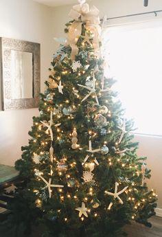 Nautical Christmas tree seashells and starfish