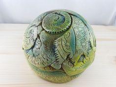 Skulpturen - Skulptur grün - ein Designerstück von KeramikBottke bei DaWanda