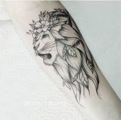 150 Tattoos that are really awesome and very popular - TATTOOS Leo Tattoos, Dream Tattoos, Feather Tattoos, Future Tattoos, Animal Tattoos, Body Art Tattoos, Tattoo Drawings, Sleeve Tattoos, Tatoos