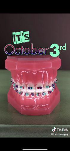 Dental Braces, Teeth Braces, Rainbow Braces, Cute Braces Colors, Braces Tips, Getting Braces, Amazing Halloween Makeup, Brace Face, Skin Gel