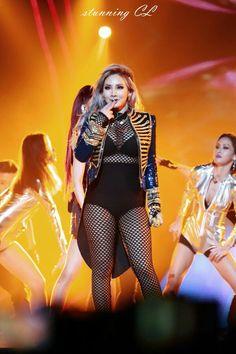 2NE1 || CL (MAMA 2015 @ Hong Kong)