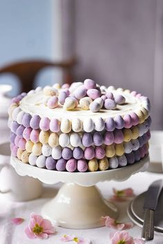 Martha Collison from The Great British Bake Off shows you her recipe for a beautiful ombré mini egg cake. Watch the recipe video on the Waitrose website. Perfect for Easter Sunday dessert or afternoon tea. Easter Recipes, Dessert Recipes, Cake Recipes, Easter Desserts, Mini Egg Recipes, Recipes Dinner, Spring Desserts, Roast Recipes, Dessert Ideas