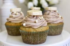 Banana cupcakes with cinnamon honey butter cream | 25 Deliciously Healthy Cupcake Recipes