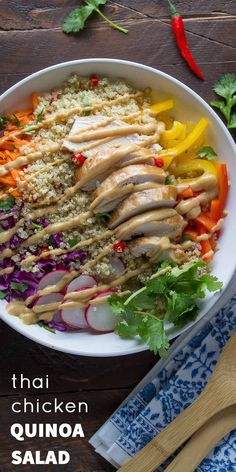Thai Chicken Quinoa Salad with Peanut Dressing: a healthy, gluten-free 30 minute dinner recipe that tosses crunchy veggies, chicken breast and quinoa in a creamy peanut dressing