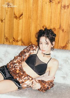 See TaeYeon's teasers for SNSD's 'Holiday Night' ~ Wonderful Generation ~ All About SNSD, Wonder Girls, and f(x)