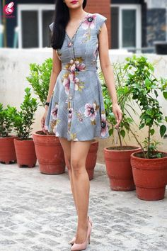 Buy Multicolored Printed Crepe Floral Short Dress Online in India Elegant Dresses Classy, Classy Dress, Floral Midi Dress, Floral Shorts, Salwar Designs, Dress Designs, Shaved Head With Beard, Shaved Head Designs, Short Sleeve Dresses