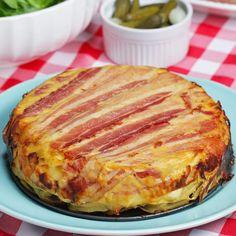 Vous allez fondre pour ce gâteau invisible de pommes de terre à la raclette