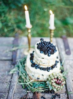 Berry topped wedding cake | Yaroslav and Jenny Photography | see more on: http://burnettsboards.com/2014/12/bohemian-chic-wedding-inspiration/