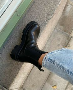 Dr Shoes, Hype Shoes, Sock Shoes, Me Too Shoes, Shoes Heels, Pumps, Heel Boots, Nike Vintage, Sneakers Fashion