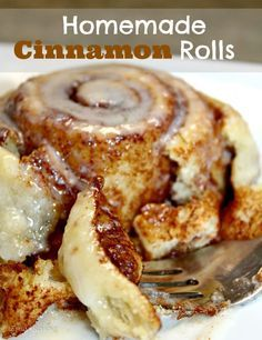 Homemade cinnamon buns from scratch. Sticky and delicious dessert . - Homemade cinnamon buns from scratch. Sticky and delicious dessert or breakfast. Köstliche Desserts, Dessert Recipes, Breakfast Recipes, Fancy Desserts, Recipes Dinner, Homemade Desserts, Homemade Breakfast, Breakfast Dessert, Homemade Breads