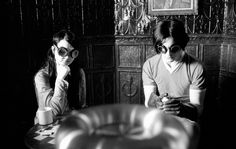 White Stripes (in Coffee & Cigarettes, by Jim Jarmusch, 2003) More