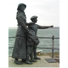 Tracing Your Irish Roots - Information, Tips and Resources. Ireland currently has a population of about 4.5 million and around 36 million Americans claim Irish ancestry. Several historical records including the 1901 and 1911 censuses and civil registration records are now available online and can be viewed free of charge