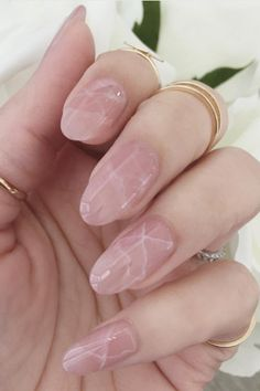Rose quartz melds perfectly with marblefor a subtlecrackled effect. See more on St8cy's Instagram » #beautynails