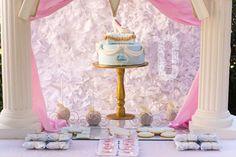 Emma's Cinderella's castle  | CatchMyParty.com