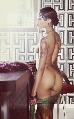Welcome To The Darkside: Photo Skin Diamond, Tattoo Models, Woman Crush, One Pic, Girl Tattoos, Beautiful Women, Nude, Photography, Beauty