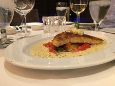 I was invited to dine at Ocean Prime last week, and it was absolutely delicious! The restaurant, on Seaport Boulevard near … Boston With Kids, Boston Vacation, Boston Restaurants, Living In Boston, Boston Things To Do, New England Travel, Day Book, Places To Eat, Yummy Food