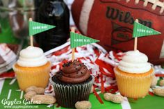 Game Day Referee Banner   10 Football Crafts and Recipes #HomegateFever