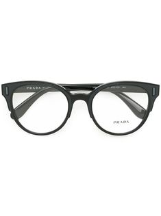 9c398d989d9 You ll find a great selection of designer glasses frames online. Search the  best women s designer glasses frames from over 2000 designers at Farfetch