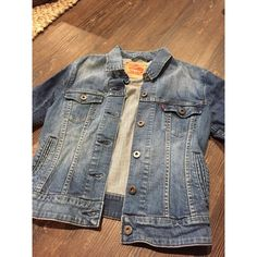 Levi's Denim Jacket This is a relax fit jacket and is too big on me. I was able to find another one that is a bit more fitted, so there's no need to keep this around. I'll update tomorrow with a picture of it worn. Price is not firm and open to offers.  Levi's Jackets & Coats Jean Jackets