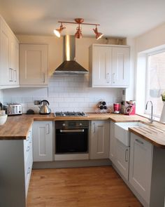 The Kitchen renovation - Finally finished - Jade Ingham-Mulliner Galley Kitchen Design, Kitchen Room Design, Modern Kitchen Design, Kitchen Layout, Home Decor Kitchen, Kitchen Interior, New Kitchen, Home Kitchens, U Shape Kitchen