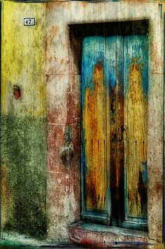 Artists Door | San Miguel de Allende in Mexico by artsyevie