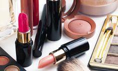 Αξιοποιήστε τα καλλυντικά που δε θέλετε πια! Baby Oil, Hair Beauty, Lipstick, Cosmetics, Blog, Health, Tips, Lipsticks, Health Care