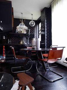 Black kitchen tiled