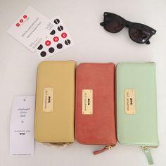 #annamariapap Zip Around Wallet, Fashion, Moda, Fashion Styles, Fashion Illustrations