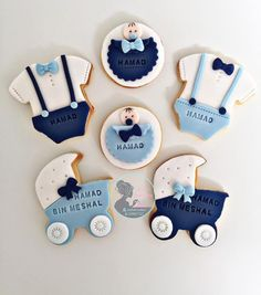 No photo description available. Baby Boy Cookies, Bear Cookies, Baby Shower Cupcakes, Fun Cupcakes, Baby Shower Cakes For Boys, Baby Shower Parties, Baby Shower Themes, Baby Shower Decorations, Baby Boy Shower
