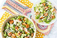 196 calorie per serving : Buffalo Shrimp Dinner Salad Shrimp Recipes For Dinner, Seafood Recipes, Cooking Recipes, Healthy Recipes, Healthy Dinners, Meal Recipes, What's Cooking, Cooking Light, Healthy Salads