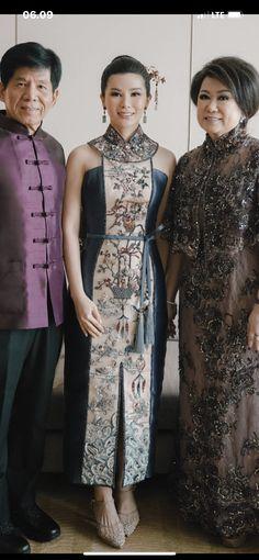 Cheongsam Dress, Couture Details, Shanghai, Fashion Models, Kimono, High Neck Dress, Child, Gowns, Costumes