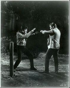 Double Trouble = Elvis Presley - USA Ph 1850 - 19