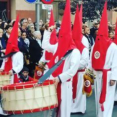 Imágenes de Semana Santa en Zaragoza. . . . #SemanaSantaZGZ #ZGZ #Zaragoza #igersaragón #igerszaragoza #SemanaSanta #nazareno #cofrade #cofradía #Spain #España #Aragón #CofradíaPiedadZGZ #penitencia