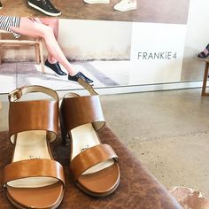 I was super-fortunate recently and won a pair of @frankie4footwear shoes of my choice through a Frankie4 FB Live video hosted by @stylingyou. The minute I found out, I did a little loungeroom happy-dance, then planned a visit to their Indooroopilly concept store to meet the team and select a pair. As a sneaker-wearer for work, and a flat-sandal-wearer the rest of my time, I hadn't considered a pair of heels until I slipped these gorgeous Tan NiKKi heels on. The supportive block heel, soft…