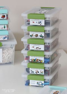 These AWESOME Lego Storage Ideas will help you keep your pieces, sets and minifigures organized and ready to play with at any time! Lego display ideas too! Lego Storage Boxes, Kid Toy Storage, Storage Ideas, Storage Solutions, Diy Storage, Children Storage, Storage Organizers, Smart Storage, Bedroom Storage