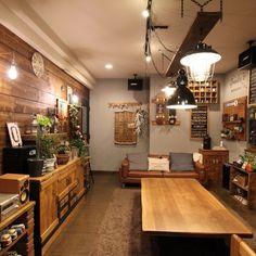 jamm10さんの、部屋全体,観葉植物,雑貨,アンティーク,ドライフラワー,流木,インダストリアル,サインプレート,ステンシル,板壁DIY,インダストリアルな照明,漆喰壁DIY,DIYだいすき,GREEN吊るし,のお部屋写真