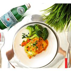 Sparkling S.Pellegrino and juicy dish! Thanks @mundodeli for sharing your shot!
