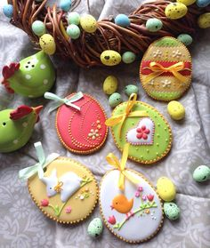 Outstanding Decorated Easter Cookies Sugar Cookies Cookies Cookie Ideas On Cookie Decorating Ideas Decorated Cookies Post Holiday Cool Easter Cookie Ideas Cookies Cupcake, Fancy Cookies, Easter Cupcakes, Easter Cookies, Easter Treats, Holiday Cookies, Sugar Cookies, Easter Biscuits, Cookies Et Biscuits