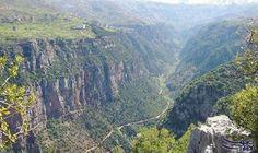 """""""وادي قنوبين"""" أروع ما قد يراه إنسان مكانًا للتنسك والعبادة وسط طبيعة خلابة: وادي قاديشا من أجمل وأروع ما قد يراه إنسان. إنه نموذج من الجمال…"""